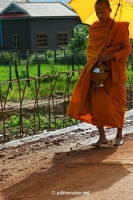 20080813_1481a_Angkor_monk_close_w